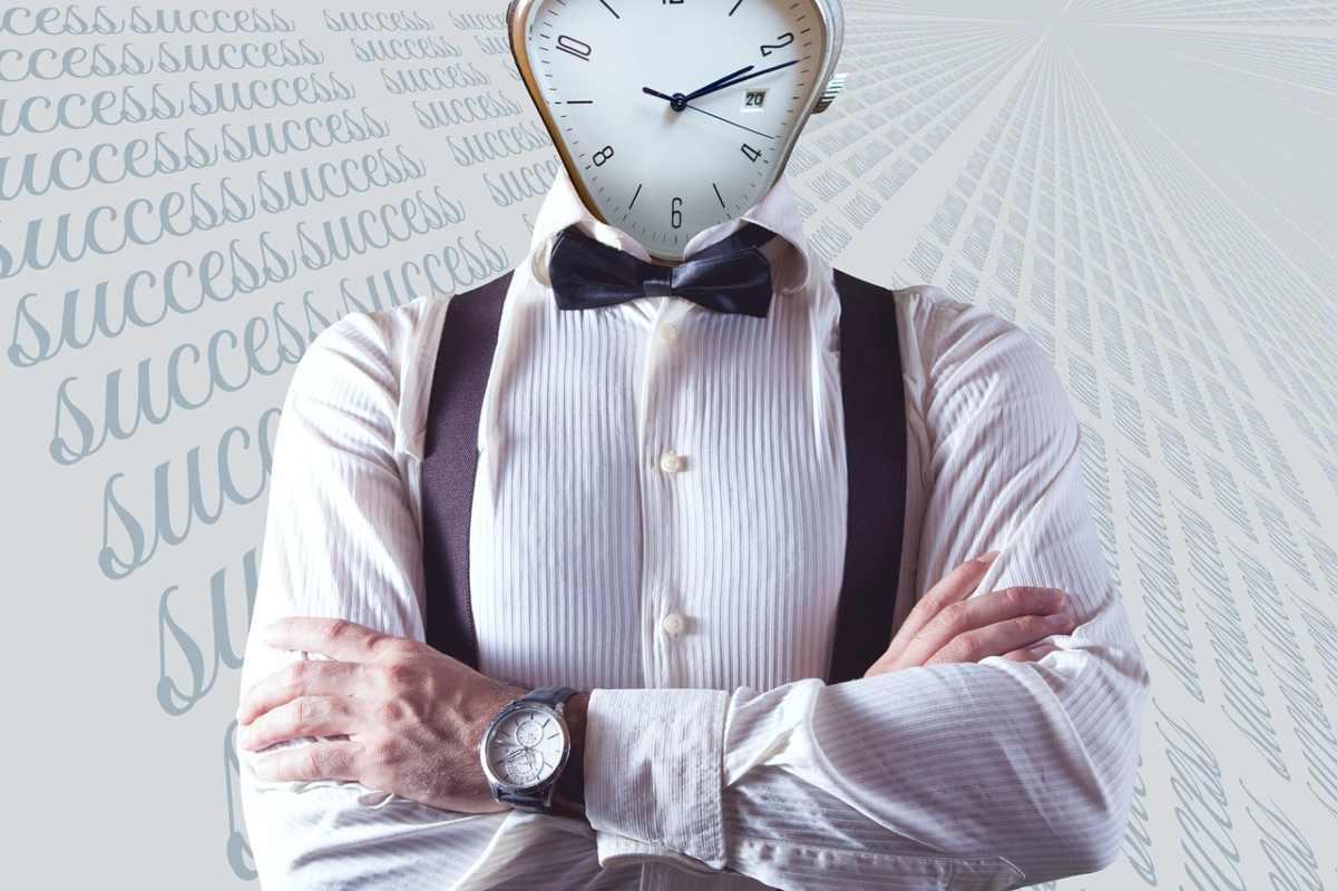 uomo tempo lavoro